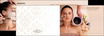 creation graphique en ligne depliant 2 volets  4 pages  centre esthetique  masque masque du visage soin du visage MLGI27065