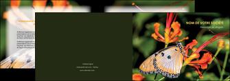 impression depliant 2 volets  4 pages  belle photo de papillon macro couleur MLGI36997