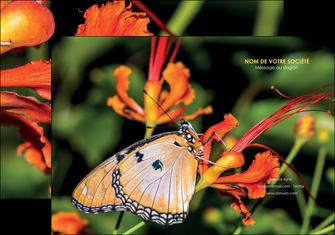 creer modele en ligne pochette a rabat belle photo de papillon macro couleur MLGI37001