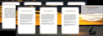 faire modele a imprimer depliant 4 volets  8 pages  sejours paysage mer pirogue MLGI37159