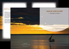 modele en ligne depliant 2 volets  4 pages  sejours paysage mer pirogue MLGI37161