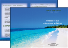 creation graphique en ligne depliant 2 volets  4 pages  sejours plage mer sable blanc MID37575