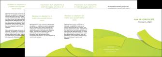 faire depliant 4 volets  8 pages  espaces verts vert vert pastel colore MLGI57279