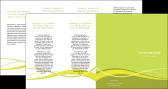 personnaliser modele de depliant 4 volets  8 pages  espaces verts vert vert pastel fond vert MIF58743