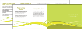 creer modele en ligne depliant 4 volets  8 pages  espaces verts vert vert pastel fond vert MLGI58745