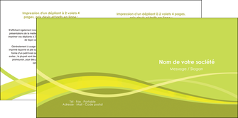 modele depliant 2 volets  4 pages  espaces verts vert vert pastel fond vert MIF58757