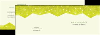 modele en ligne depliant 2 volets  4 pages  graphisme vert fond vert colore MIF60051