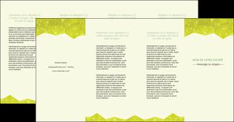 personnaliser maquette depliant 4 volets  8 pages  graphisme vert fond vert colore MIF60081