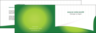 realiser depliant 2 volets  4 pages  vert fond vert abstrait MIF64357