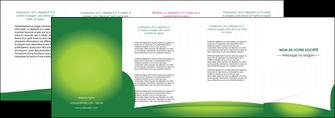 modele en ligne depliant 4 volets  8 pages  vert fond vert abstrait MIF64383