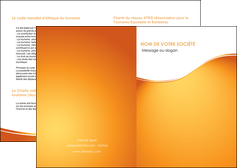 creation graphique en ligne depliant 2 volets  4 pages  orange fond orange fluide MIF65435