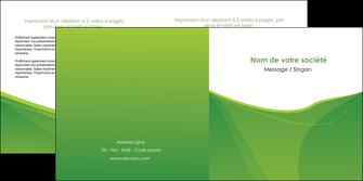 faire modele a imprimer depliant 2 volets  4 pages  espaces verts vert fond vert couleur MLGI67185