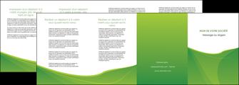 creation graphique en ligne depliant 4 volets  8 pages  espaces verts vert fond vert couleur MLGI67199