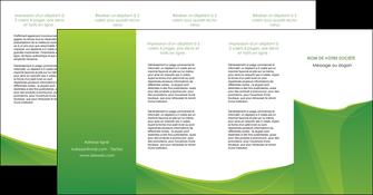 exemple depliant 4 volets  8 pages  espaces verts vert fond vert couleur MLGI67203