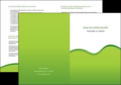 personnaliser modele de depliant 2 volets  4 pages  espaces verts vert vert pastel couleur pastel MLGI68055