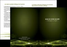 creer modele en ligne depliant 2 volets  4 pages  fond vert structure en vert abstrait MIF72423