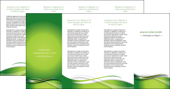 personnaliser maquette depliant 4 volets  8 pages  web design vert fond vert verte MLGI73103