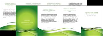 personnaliser maquette depliant 4 volets  8 pages  web design vert fond vert verte MLGI73105